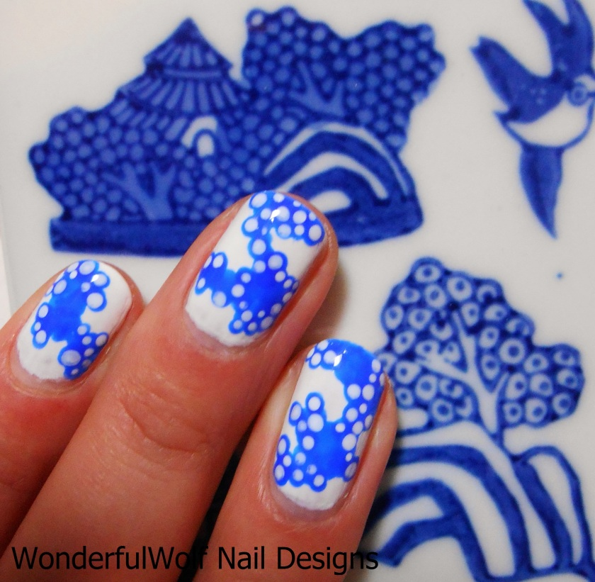 Willow Pattern Inspired Nail Art Close-up