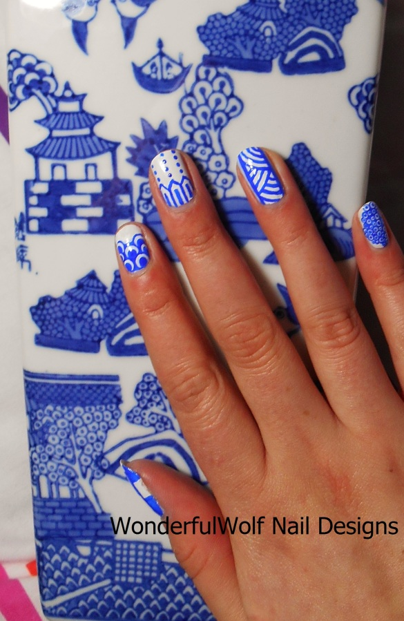 Willow Pattern Vase Inspired Nail Art