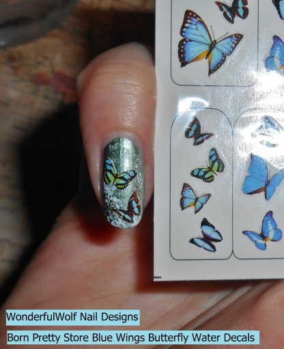 The small butterflies are perfect for smaller nails