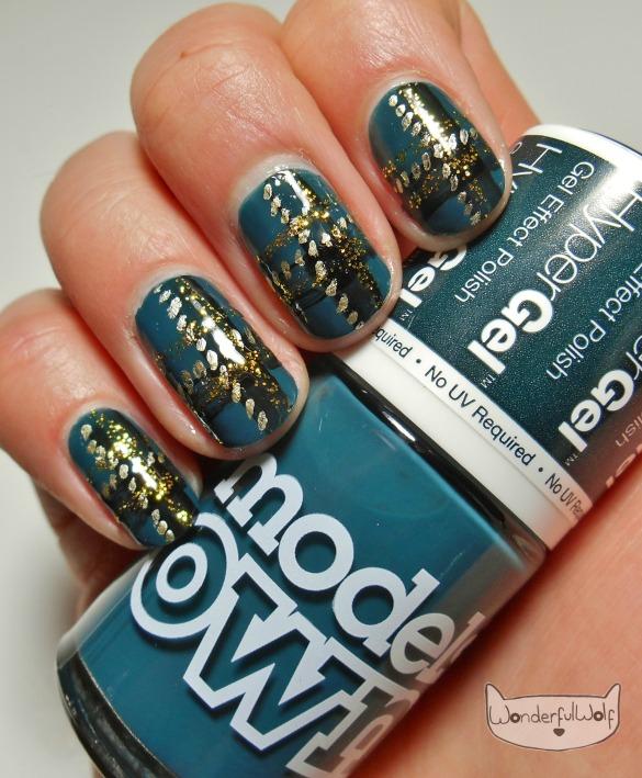 HyperGel Deep Sea Plaid Nails