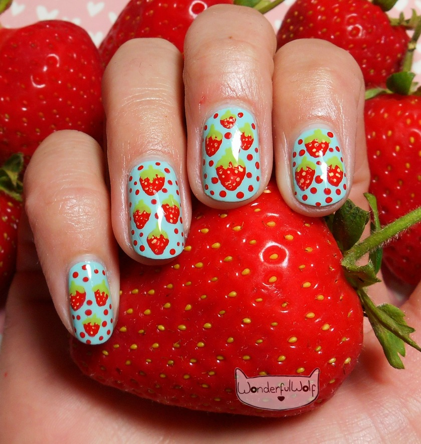 StrawberryNailArt