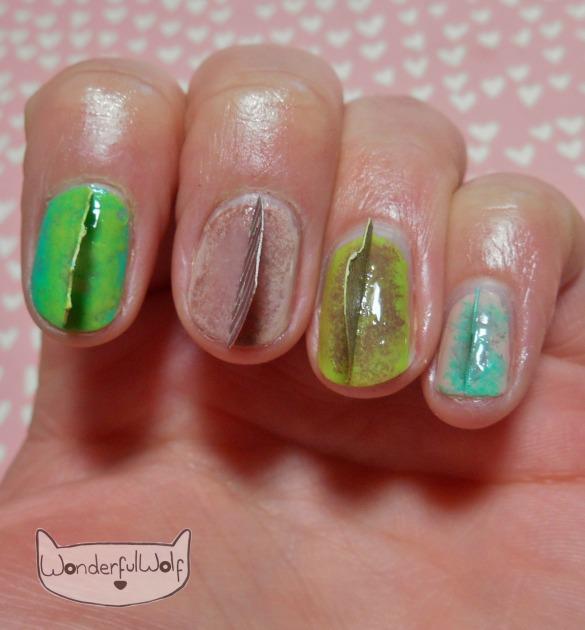 dino-sails-nail-art
