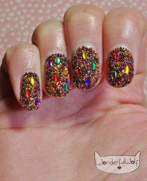 microbead-jewels-nail-art