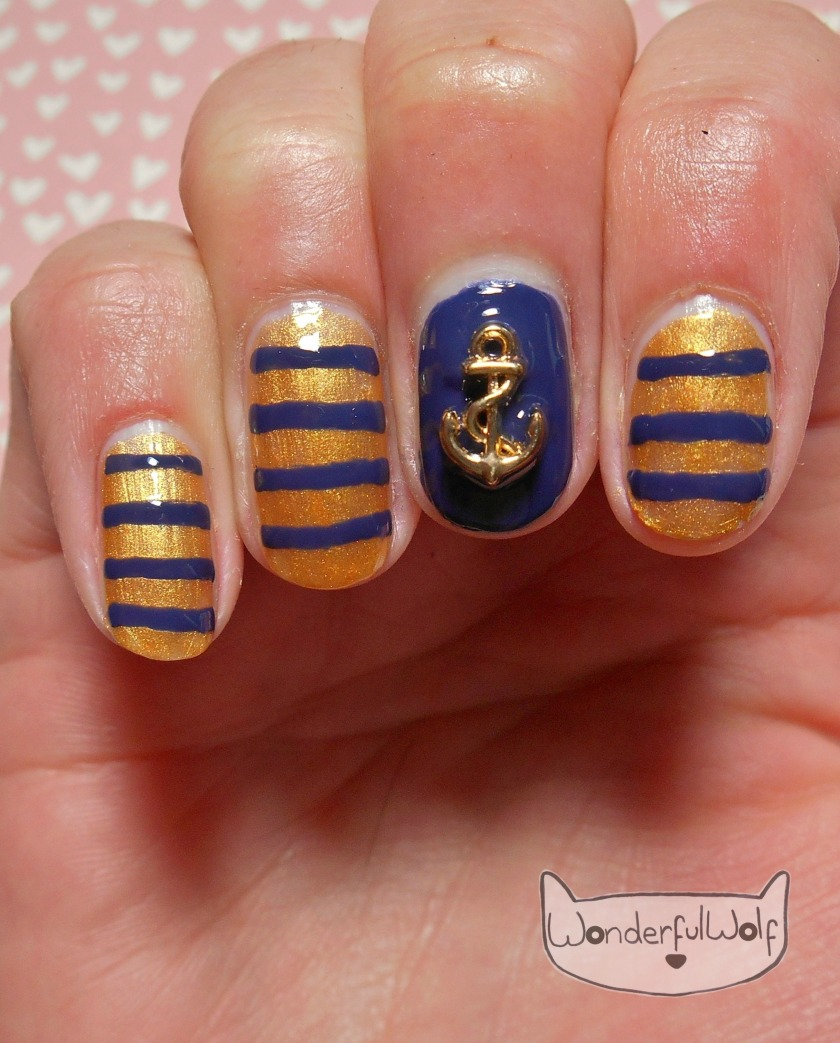 Navy Anchor Nail Art.JPG