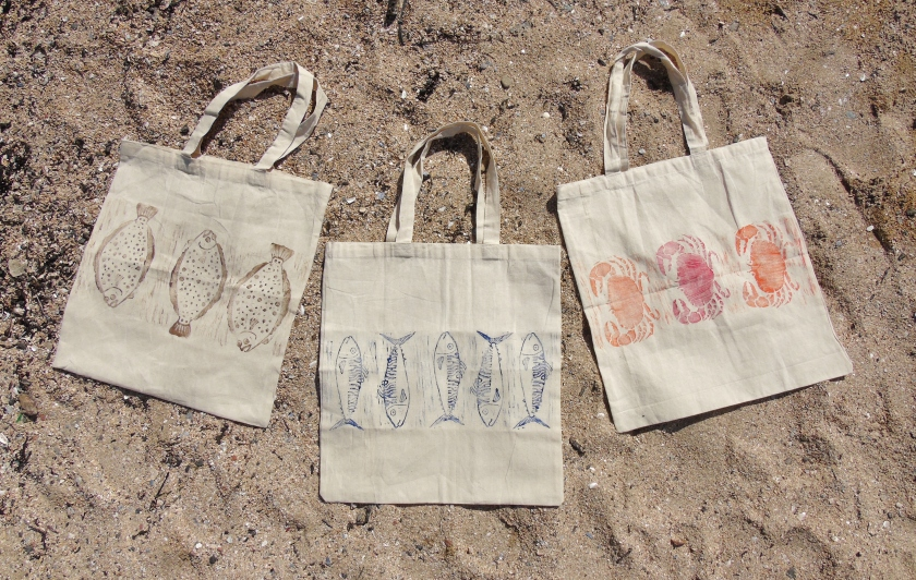 Fish Tote Trio Beach Shot.JPG