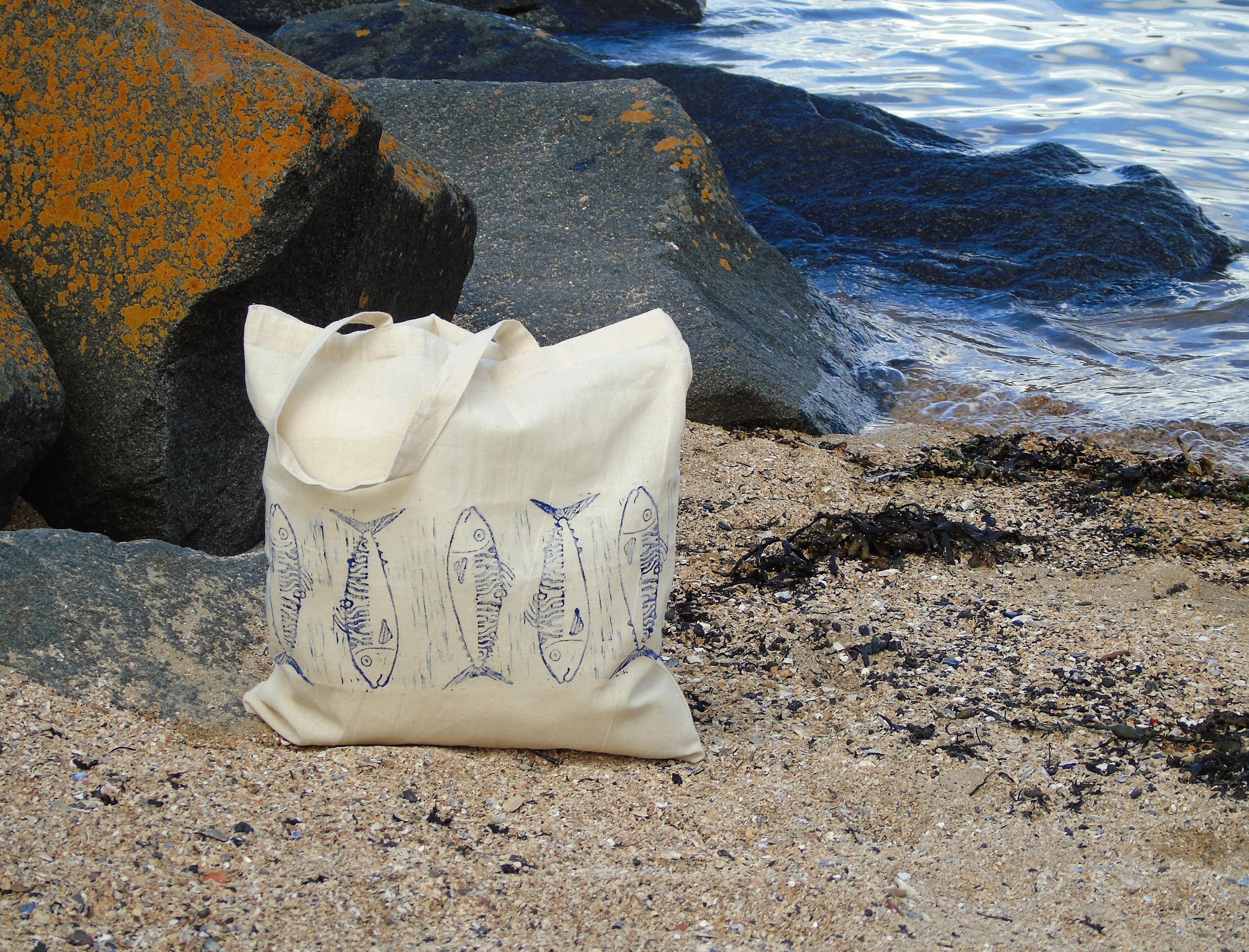Mackerel Tote Bag Beach.JPG